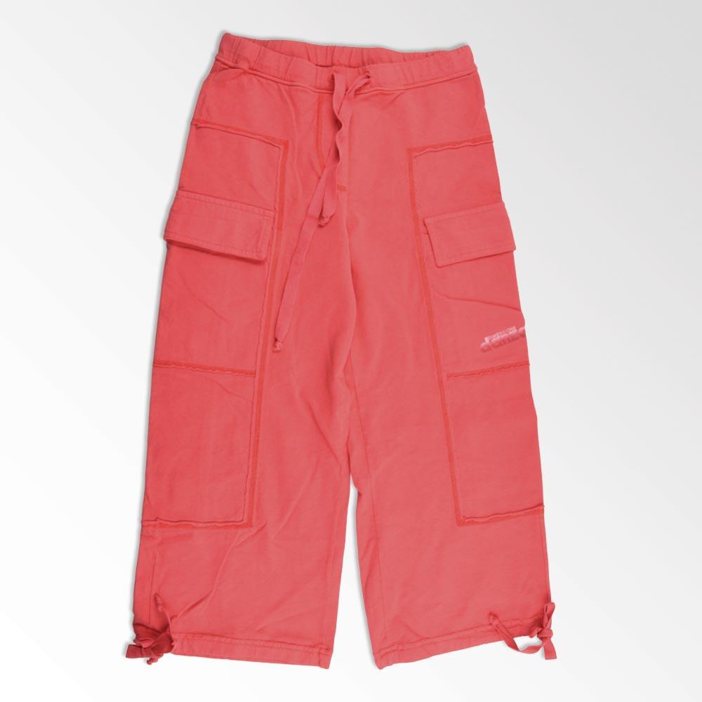 pantalón con bolsillos rojo